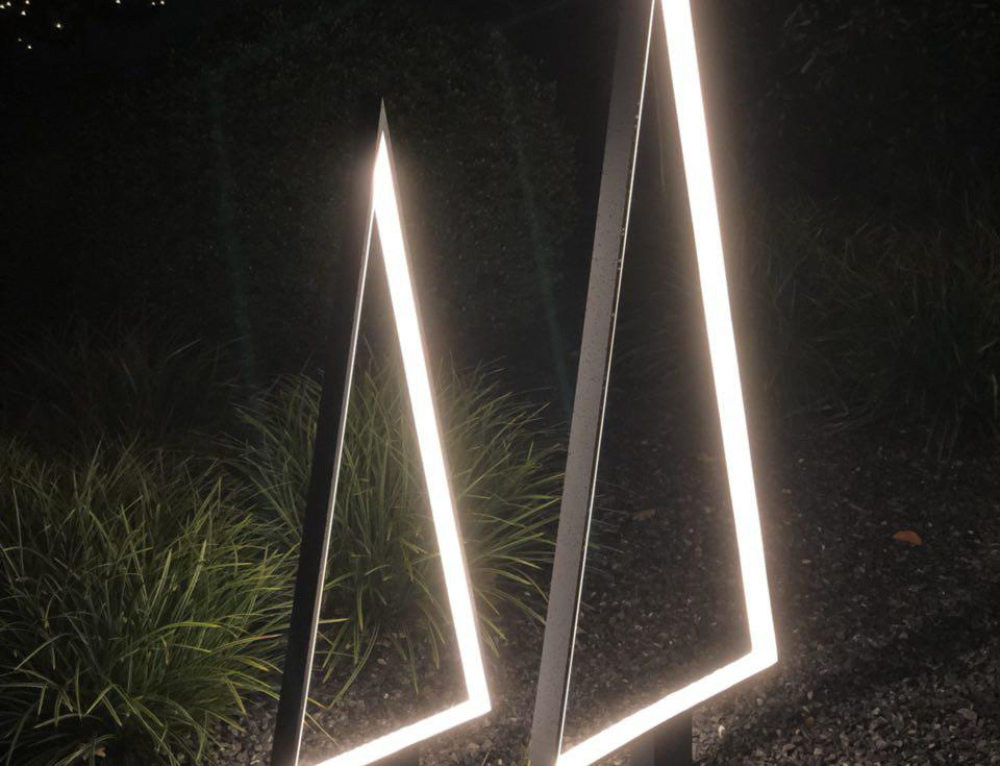 Stabile LED Weihnachtsbaumleuchte für den Garten von Sompex